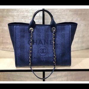 Chanel deauville bag